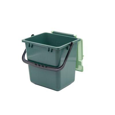 Geschlossener Komposteimer mit belüftetem Deckel