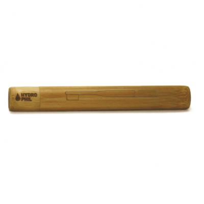 Das Bambus Etui schützt Ihre Zahnbürste auf Reisen