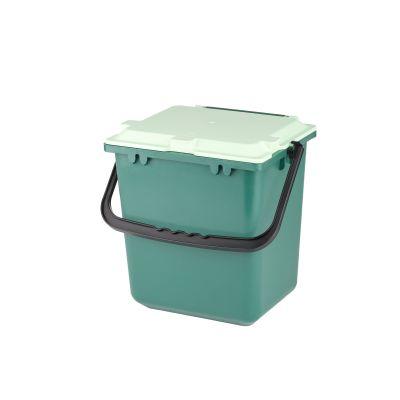 Geschlossener Komposteimer mit Deckel für die nachhaltige und hygienische Bioabfallsammlung